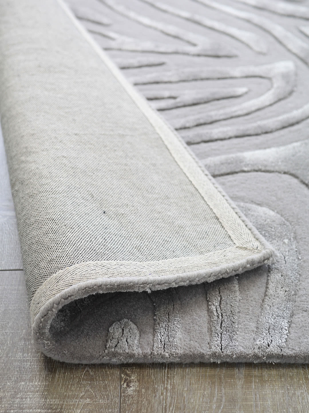 Hand tufted wool and artsilk silver rug stan's rug centre